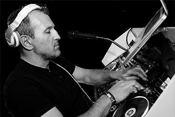 DJ Moss
